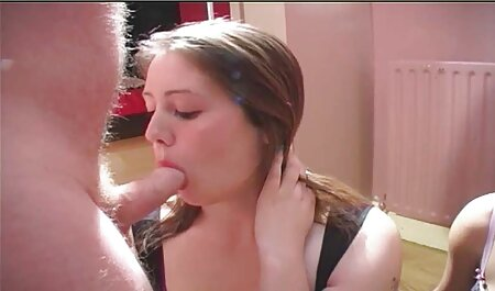 נשים משתמשות בסטראפון כדי סרטי סקס לצפיה חינם לזיין את בן הזוג שלהן.
